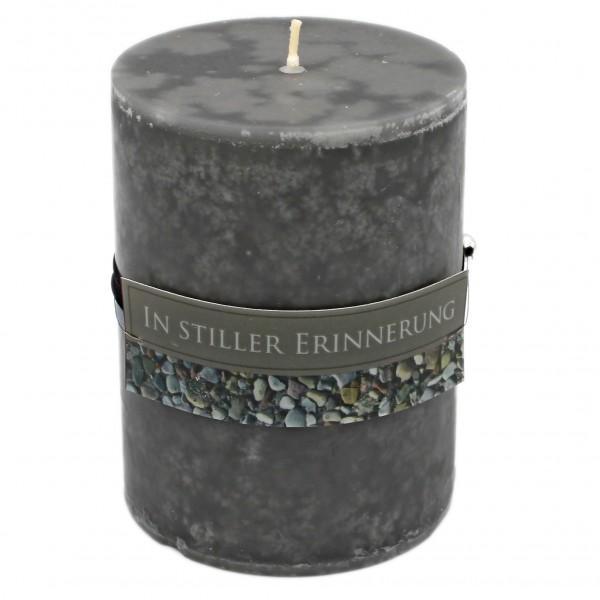 Rustik Trauer-Kerze mit Duft, In stiller Erinnerung, Trauer-Spruch 12x8,7cm 630g