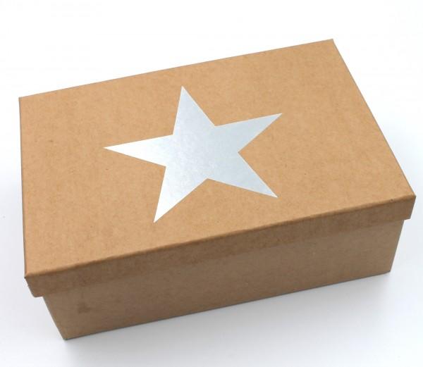 Geschenkbox Weihnachten, SILBER, Stern mit Metallic-Effekt, Karton in natur-Optik, 28,5x20x10cm, 55992, Größe&Farbe wählbar, Kiste Box aus Pappe