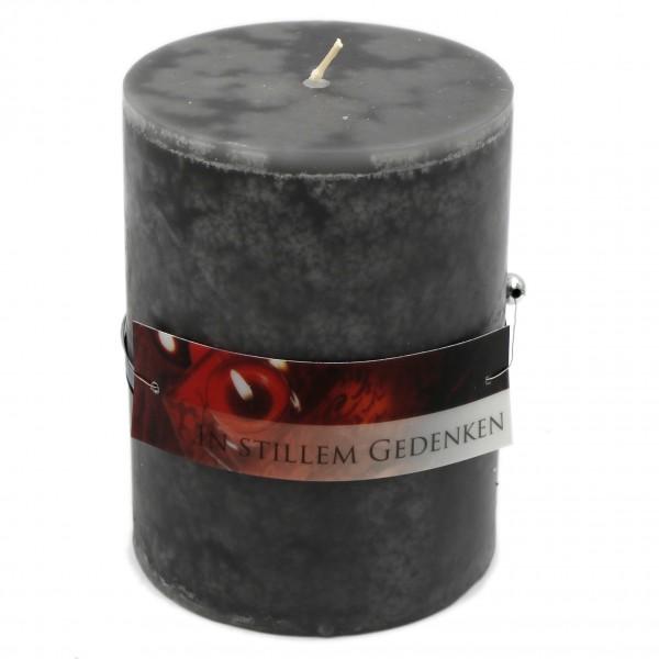 Rustik Trauer-Kerze mit Duft, In stillem Gedenken, Trauer-Spruch 12x8,7cm 630g
